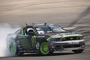 Formula Drift Race report Vaughn Gittin Jr. wins Formula Drift round 5 at Evergreen Speedway