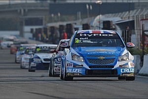 WTCC Race report Muller and Huff share victories in Brazil