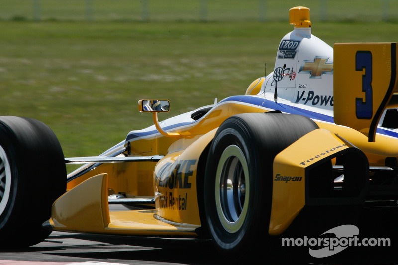 Team Penske has mixed results in Mid-Ohio Friday practice
