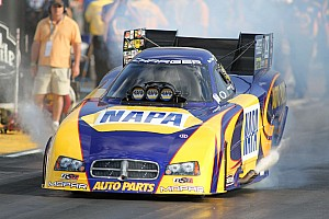 NHRA Race report NAPA's Capps gets closer to Funny Car points lead