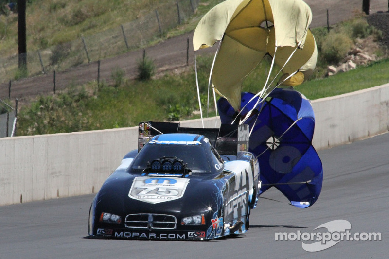 Second consecutive championship round moves Hagan to within 42 points of 10th in NHRA Full Throttle