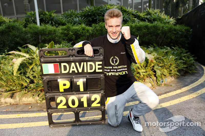 Chilton wins in Singapore as Valsecchi is crowned champion