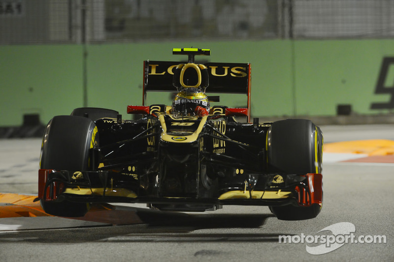 Saturday night in Singapore: Reasonable for Grosjean bad for Räikkönen