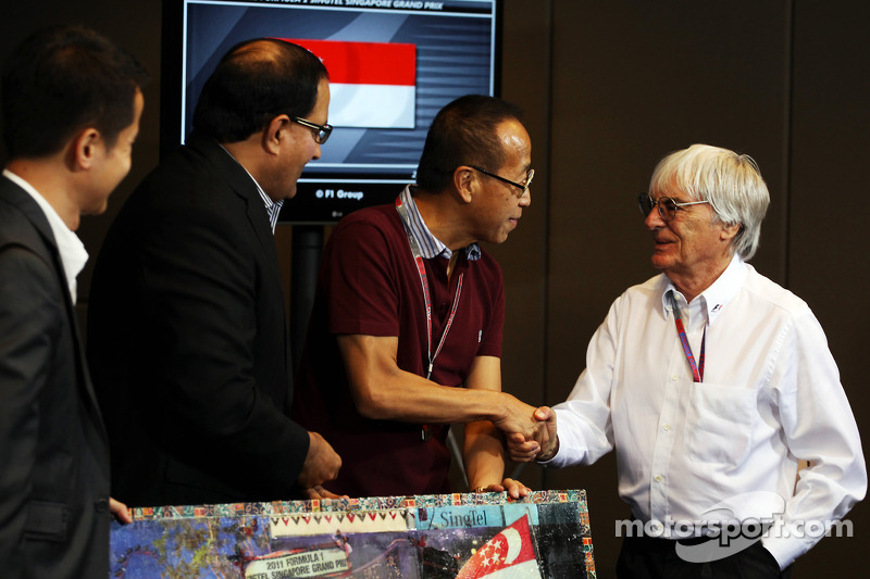 No F1 floatation in 2012 - Ecclestone