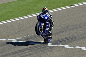 MotoGP Race report Yamaha's Lorenzo settles for second in Aragon