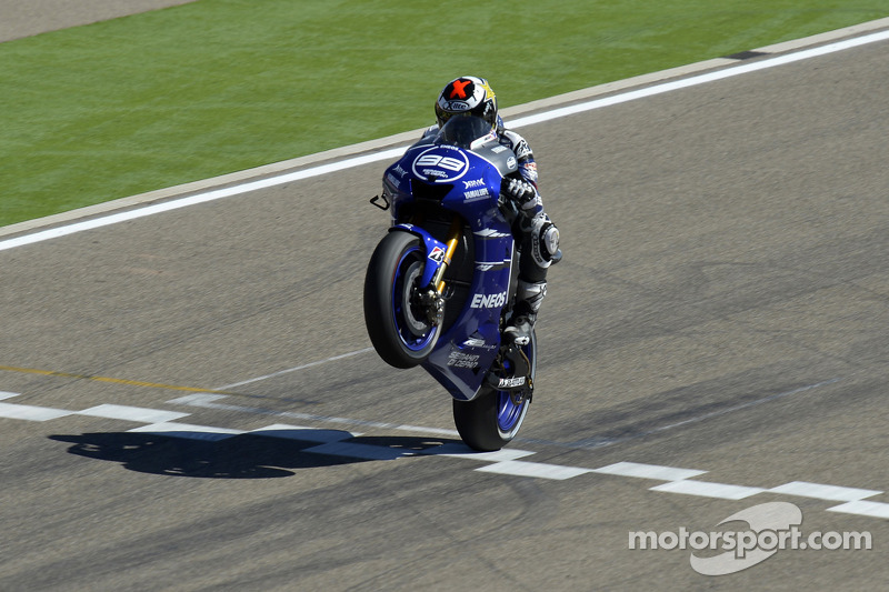 Yamaha's Lorenzo settles for second in Aragon