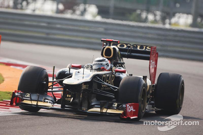 Raikkonen not ruling out return to Ferrari, McLaren