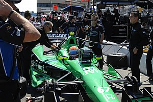 IndyCar Breaking news Sarah Fisher Hartman Racing renews technical partnership with Quaker for 2013