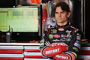 NASCAR Cup Interview Jeff Gordon on Phoenix: Nice to see a nice wide groove
