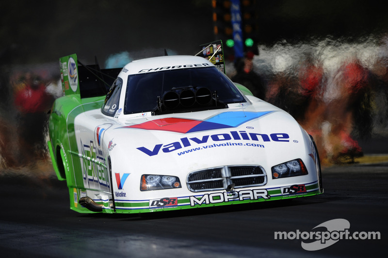 Beckman maintains control of world championship destiny at Pomona finals