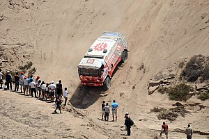 Dakar Stage report Instaforex Loparis Team encounters trouble in stage 5