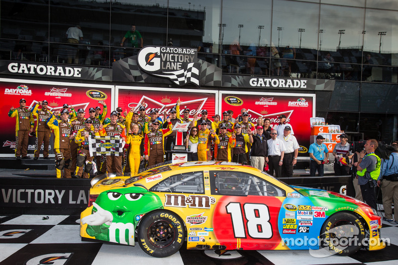 Kyle Busch and other Toyota drivers comment on Daytona Duels