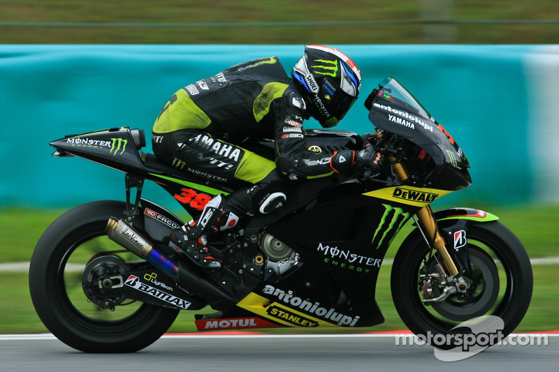 Crutchlow charges into top three on day 2 at scorching hot Sepang