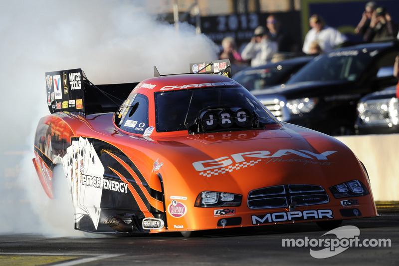 Funny Car driver Johnny Gray eager to start and turn on win lights at Gatornationals