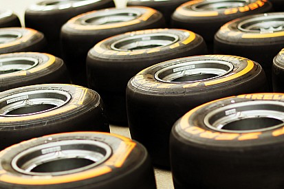 Wind tunnel tyres to blame for team struggles - report