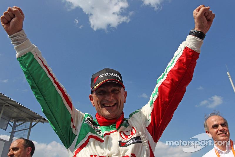 First victories for Honda and BMW at Slovakia Ring