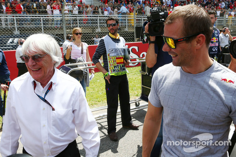 Bribery charge would end Ecclestone's reign - source