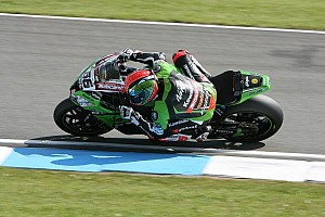World Superbike Race report Tom Sykes accomplishes total domination at Donington Park