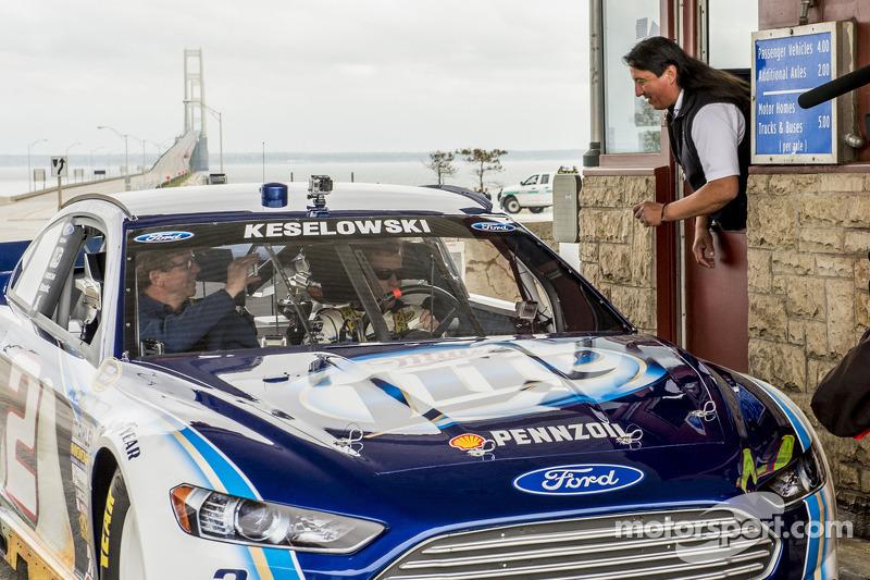 """Keselowski drives """"Blue Deuce"""" across Mackinac Bridge"""