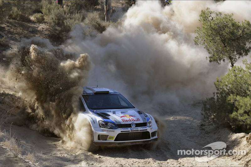 Latvala takes 64sec lead into Acropolis finale