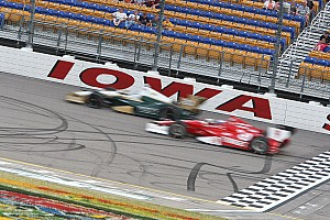IndyCar Qualifying report Carpenter to start 6th in Iowa Corn Indy 250