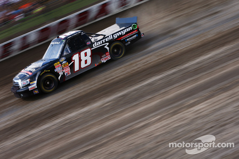 "Coulter pulls a ""slide job"" on the truck series regulars at Eldora"