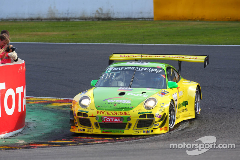 Manthey Racing Porsche leading, while Marc VDS Racing BMW throw in the towel