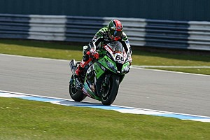 World Superbike Qualifying report Sykes dominates Qualifying 1 at Silverstone