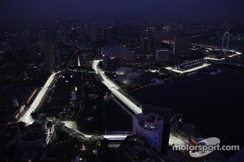 Singapore removes unpopular 'sling' chicane