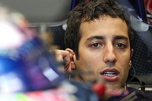 Formula 1 Breaking news Horner, Ricciardo, deny Webber's 2014 seat news