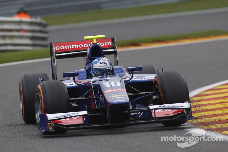Determined Jolyon Palmer fights back to score points at Spa