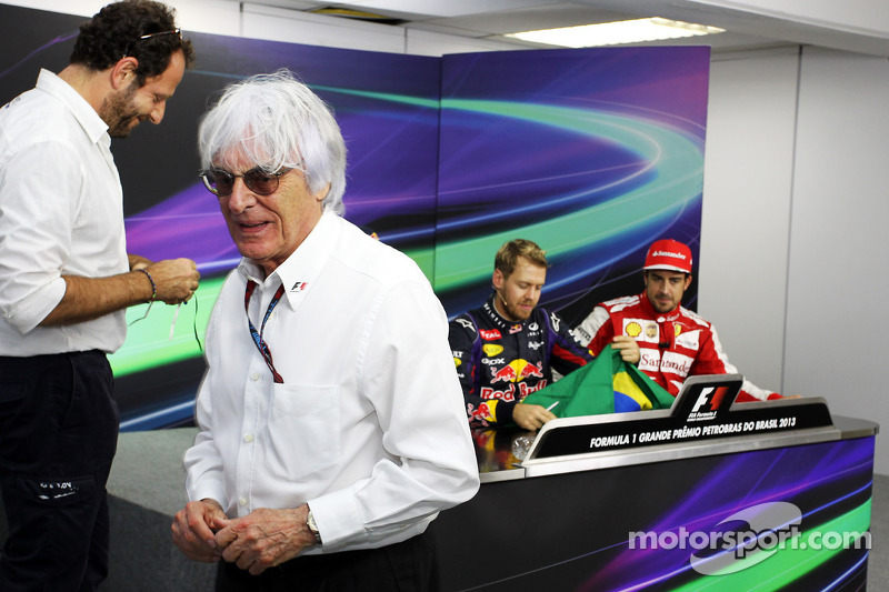 Ecclestone still thinks V6 switch bad idea