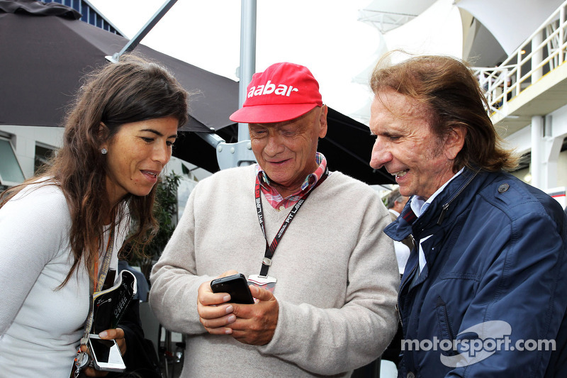 Lauda causes stir with new cap sponsor