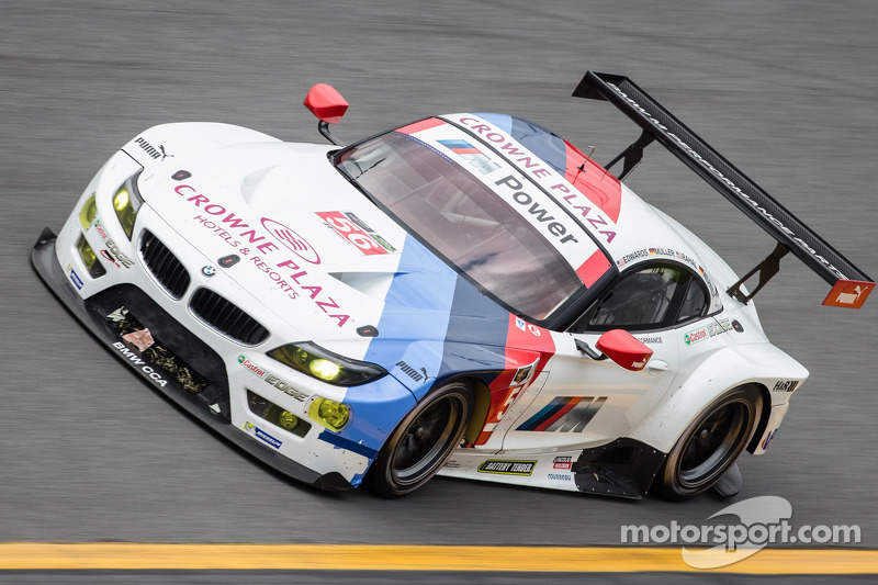 After 12 hours: BMW Team RLL maintains promising position in Daytona 24 Hours.