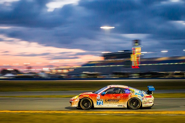 Children's Tumor Foundation/Racing4Research teams fight to the finish in the Rolex 24 at Daytona