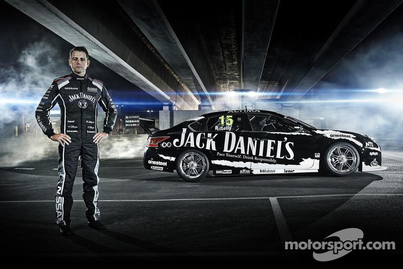 Alex Buncombe to test Nissan Altima V8 Supercar at Sydney Motorsport Park