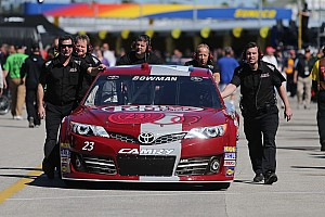 NASCAR Cup Race report Broken spindle slows Bowman's charge in Phoenix desert