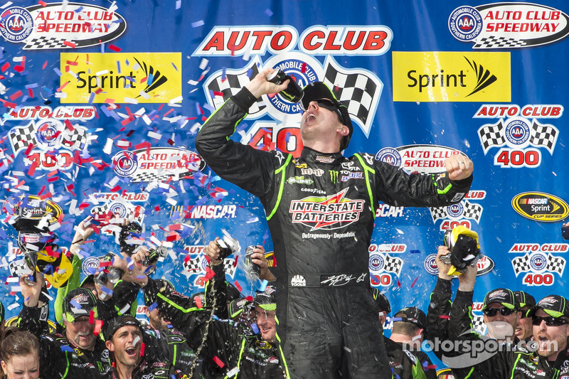 Kyle Busch aiming to add grandfather clock to his collection of trophies