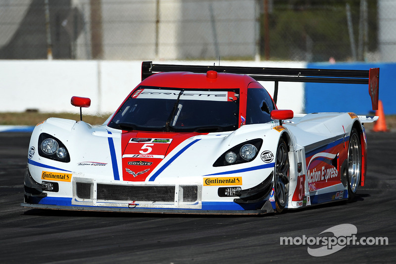 TUDOR Championship hits the streets of Long Beach for Round 3