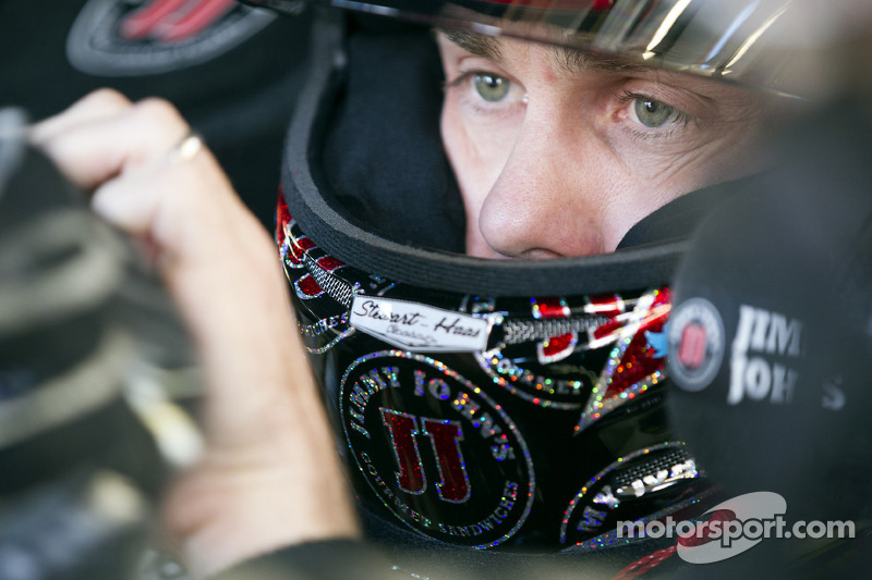 Kevin Harvick on pole for Sprint Cup race at Darlington