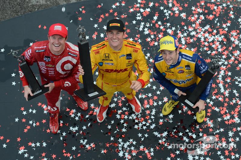 Hunter-Reay captures back-to-back win at Barber Motorsports Park
