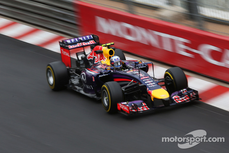Red Bull tries to pick up its pace under Monaco's rain