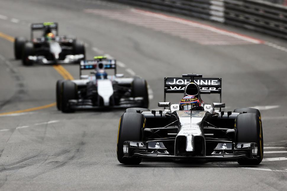Both McLaren drivers in points at Monaco