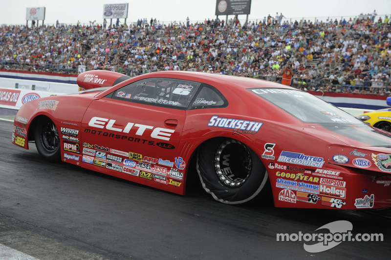 Erica Enders-Stevens maintains points lead after Topeka race