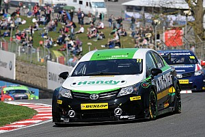 BTCC Race report Three solid finishes for belcher on return to BTCC action at Oulton