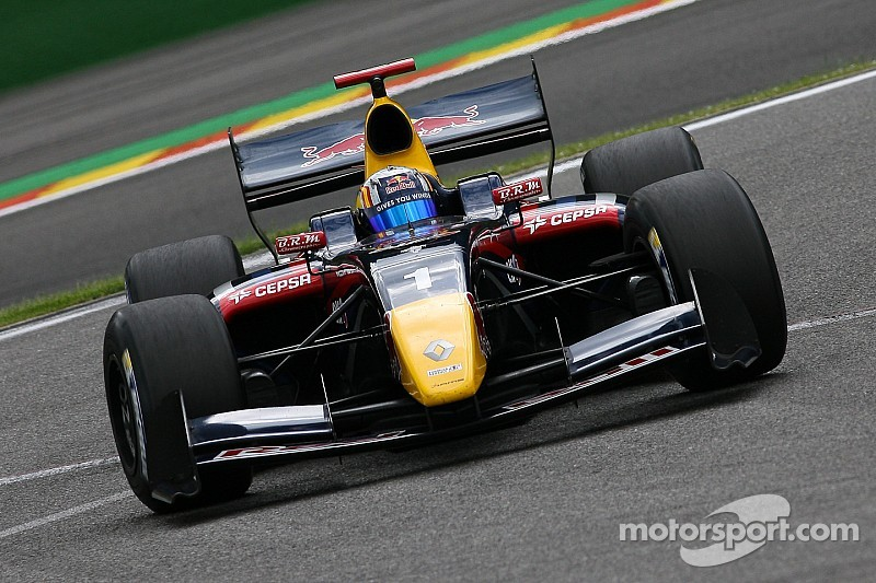 A perfect day for Carlos Sainz at Nürburgring