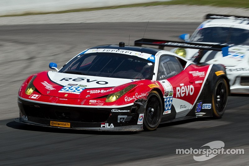 Early incident hampers home race for AIM Autosport