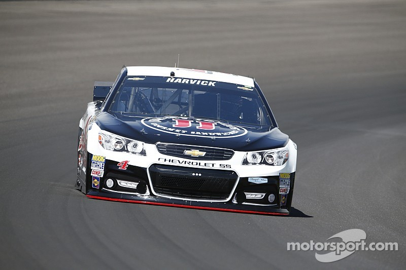 Kevin Harvick dominates Brickyard qualifying with track-record run