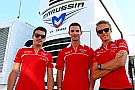Boullier denies teams to run third cars in 2015