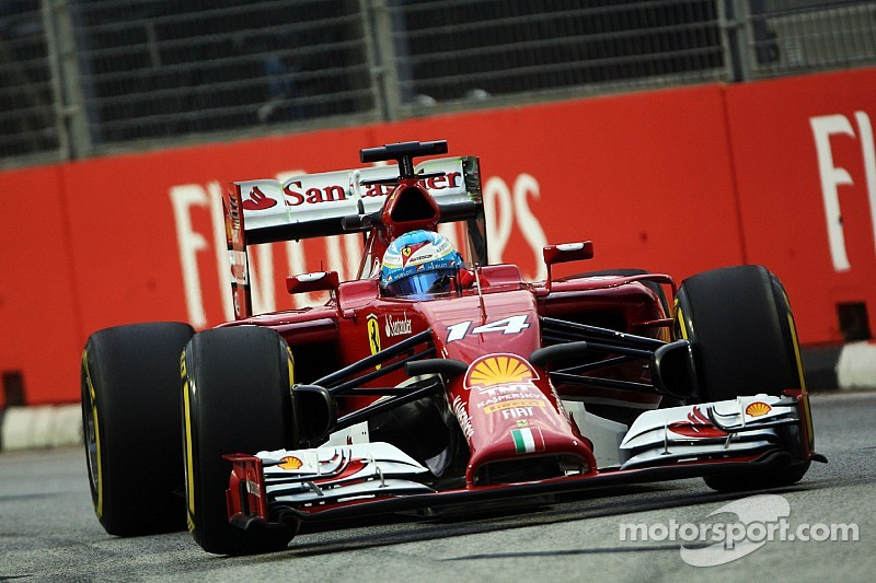 Alonso leads Mercedes duo in FP1 at Singapore